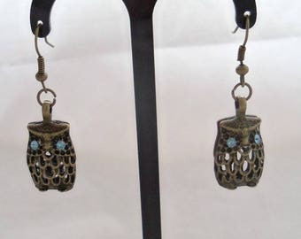 Antique Bronze 3-D Owl Earrings with Swarovski Crystal Eyes (1135)