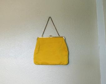 60s/70s Yellow Cloth Kiss Lock Handbag