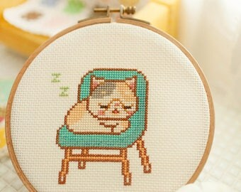 sleeping cat - cross stitch pattern PDF, JPG - Instant download
