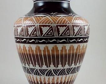 Navajo Earth Vase (Sm)