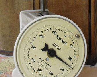 Vintage White Dietetic Kitchen Scale, Hanson Model 1440, Farmhouse Decor, Country Kitchen Display, Industrial Design, Household Family Scale