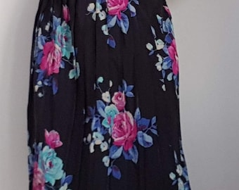 1980s pleated skirt pink roses