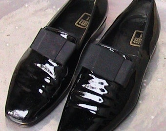 Mr Guy Patent Leather Shoes 9 1/2 D