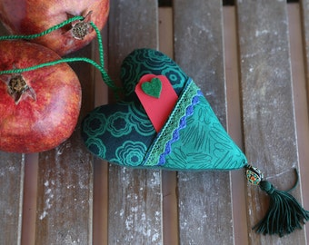 Fabric green heart with pocket and small cart with green heart. Gift for Father's Day for him. Decor for home. Ornament for house. For him