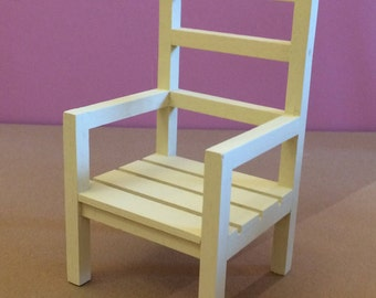 Pretty wooden milk cream for your Dolls House Chair