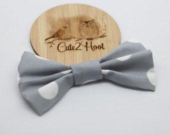 Grey & White Dot Hair Bows, Bow hair clips, hair clips, hair accessories, baby hair clips, girls hair clips, Hair bow,