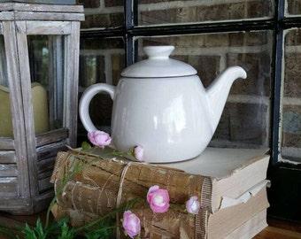 White Teapot/Frankoma teapot/Frankoma pottery/Frankoma/Frankoma 6T/Teapot
