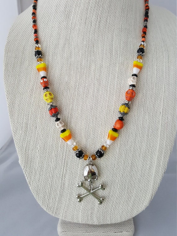 Halloween skull and crossbones beaded necklace