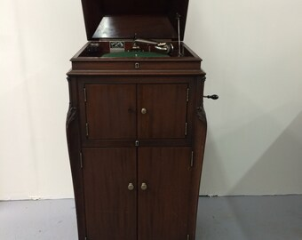 Victor Victrola Record Player and Phonograph