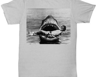JAWS Movie Steven Spielberg Taking a Break  Rare Vintage Style Classic shirt Tee T-shirt  S - 5XL   9 Colours
