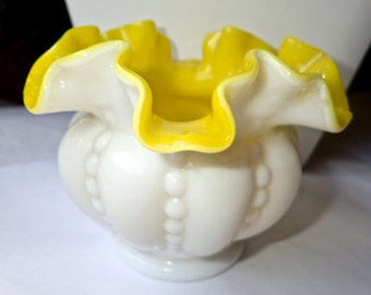 Fenton 1956 Beaded Melon Goldenrod Yellow & White Ruffled Glass Vase, SCARCE