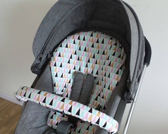Stokke Crusi pram liner Pastel Triangles infant seat insert cover with bumper bar cover
