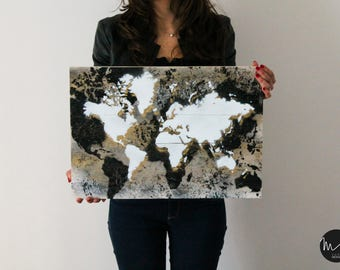 Picture WORLD 50x35 three colors handcrafted with Handmade wooden pallets/WORLD MAP 50x35 three colours made of recycled wooden pallets