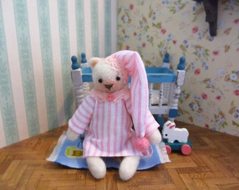 Alicia bedtime Bear - kawaii, small bear,artist bear, miniature bear, dollhouse bear, tiny bear, art bear, teddy bear, Blythe