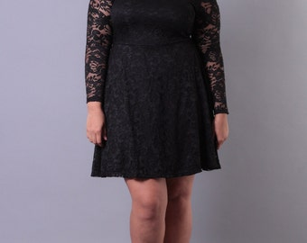 Plus Size Off The Shoulder Lace Dress