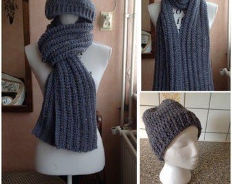 Crochet scarf with matching Hat