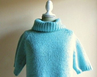 30% off CODE 88WALKININTHESUN Short sleeve turquoise mohair Roule very good from 60s
