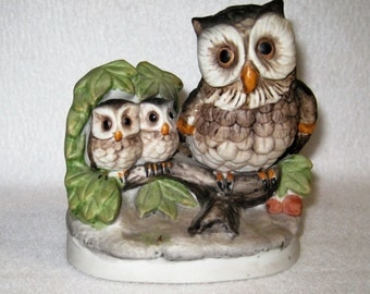 HOMCO Owl Family On A Tree Limb