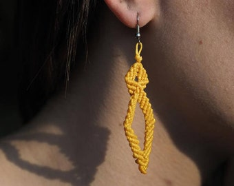Turbot, Macrame earrings