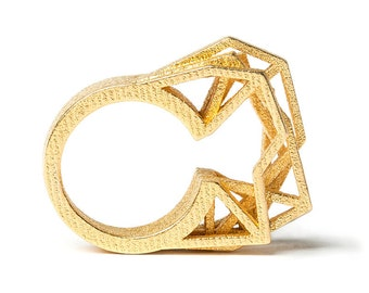 Solitaire ring, 3D printed steel - gold plated