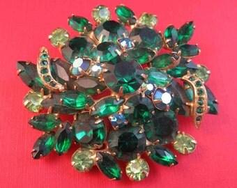 Vintage Costume Brooch Green Cluster Pendant