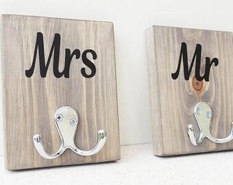 Mr mrs hangers, bathroom towel hangers, couple robe hooks, hall storage, entryway decor, wedding gift, new home present, rustic decor
