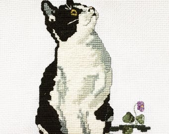 Black and White Cat and a Butterfly Kitten Embroidery Cross Stitch Needlepoint