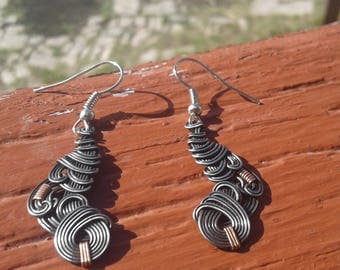 Iron and Copper Wave Earrings