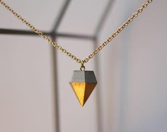Necklace diamond pendant GOLDY geometric dipped with concrete peak