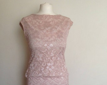 Pale pink lacy top in medium size