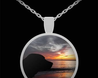 Labrador and Sunset Necklace