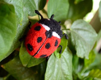 Felt brooch, Wool hand brooch, Ladybag brooch, Wool Insects, Fathers day, Red ladybag, Red needle brooch, Felting Ladybag, Felt insects