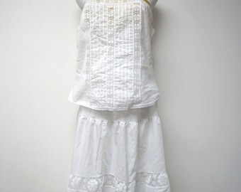 NEW with TAG!!!  Wonder Maid . 60s 70s 2 piece lace trimmed . sheer . fine lingerie . size 38 / large . made in USA / Union Made