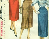 Simplicity 1345 Waist 30 Slim Skirt Back Center Side Pleat VINTAGE 1950s ©1955 1 YARD SKIRT