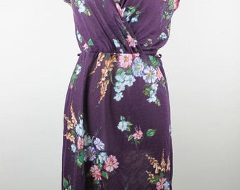 Vintage Purple WRAP Dress, Retro Floral Dress, 70s Floral Dress, Eggplant Purple Dress, Purple Flower Dress, Vintage Dark Purple Dress