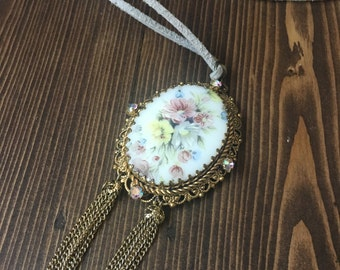 SALE - Sweetheart Pendant Necklace Gray Leather Flower Floral Filigree Cameo Chain Rhinestones