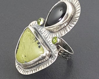 Black Onyx and Serpentine Ring, sterling silver, size 8 ring, black green, peridot, black onyx, green serpentine, large ring, multi stone