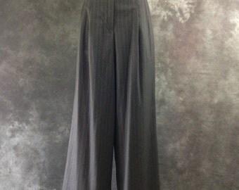 90's  Richard Tyler grey pinstripe high waist wide legged pants trousers