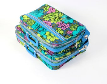 1960's 1970's Pair of Bantam Suitcases // Retro Flower Power Floral Pattern // Kitschy Mod Storage // Kids Room // Overnight Bag