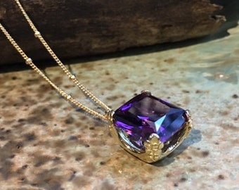 Amethyst necklace, cushion cut stone pendant, amethyst pendant, golden pendant, February birthstone, gold necklace - Hello spring NK2039