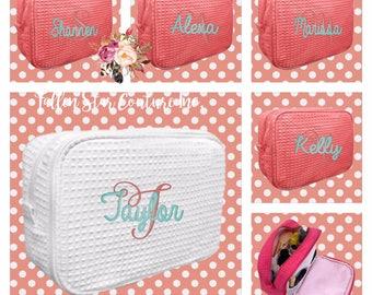 5 bridesmaid makeup bags , bridesmaid waffle make up  bags, monogrammed bag, wedding bag , bridesmaid gifts , personalized bridesmaid gifts