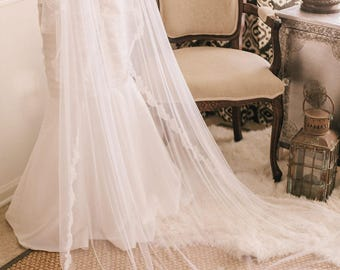 Juliet Lace-edged Veil,  Lace Veil, Juliet Wedding Veil, Wedding Vail, Wedding Viel, Juliet Veil, Bridal Veil
