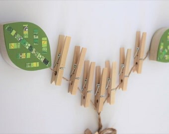 Leaf Art Display Clips , Forest themed kids decor, Woodland decor,  picture display, art cable, nursery decor, green leaf,  eco-friendly