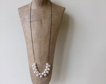long pearl necklace white