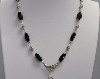 Onyx and Agate Teardrop Necklace with Matching Earrings