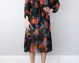 70s skirt & blouse / dark floral print belted dolman sleeve ruffle (s - m)