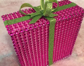 fABULOUS FAUX CHRISTMAS PRESENT   rOSE  mESH bLING  lIME  gLITTER pAPER  aND   lIME  gLITTER rIBBON oRIGINAL dESIGN uNIQUE