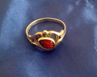 Art Nouveau silver coral ladybird ring red ladybug ring size H 1/2 4 1/4 child's midi or pinky ring