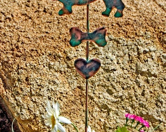 Basset Hound Garden Art Pet Memorial Garden Stake, Metal Yard Art, Garden Marker Dog Memorial, Outdoor Sculpture