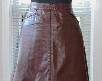 Vintage Leather Skirt - 70s Rocker - A-Line Maroon Mini - Made in Canada - s/m